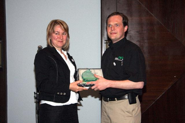 Est. Bus. 11 to 30 Empl Award- Saunders Office PRO